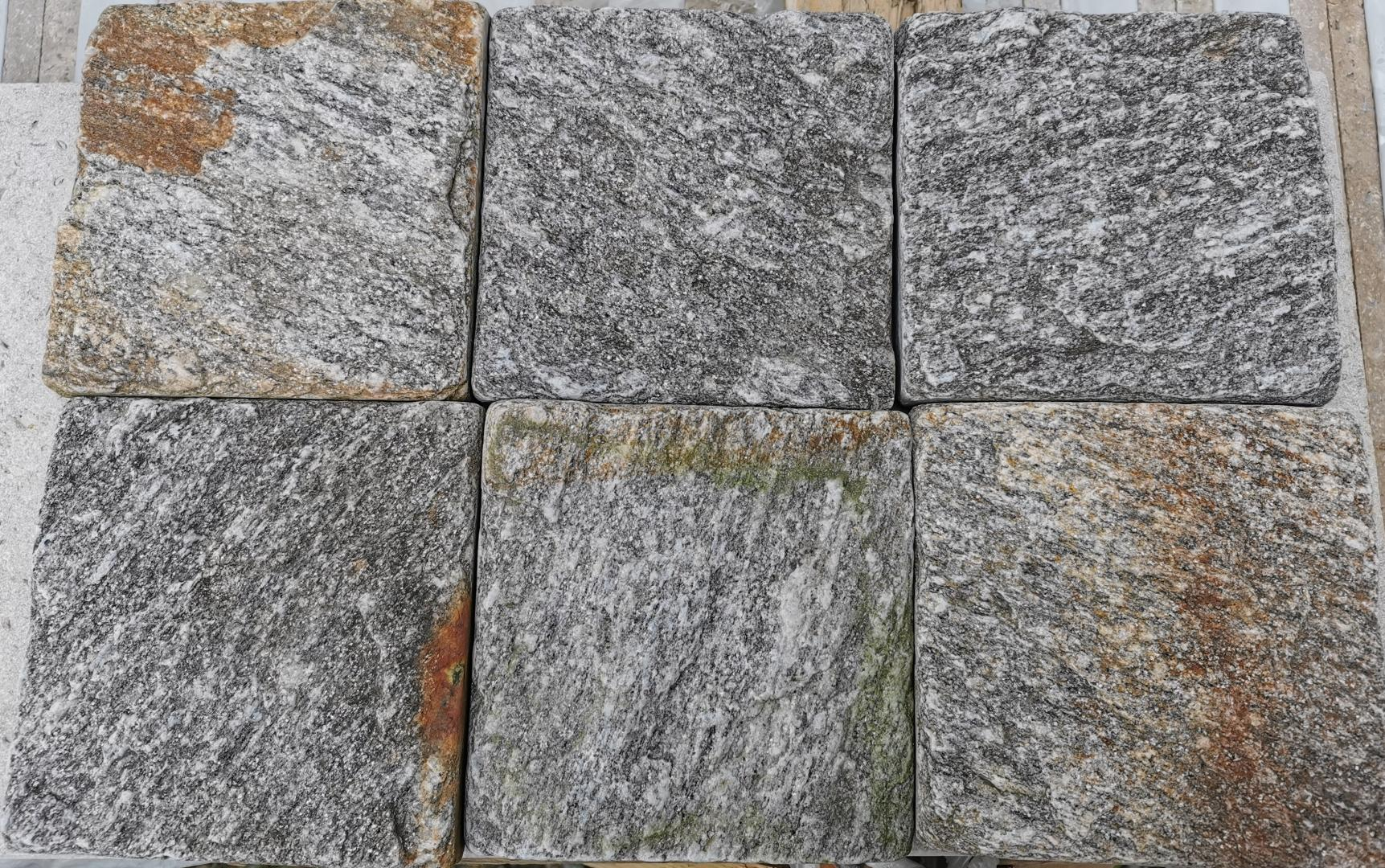 Gneiss Karoux Antic